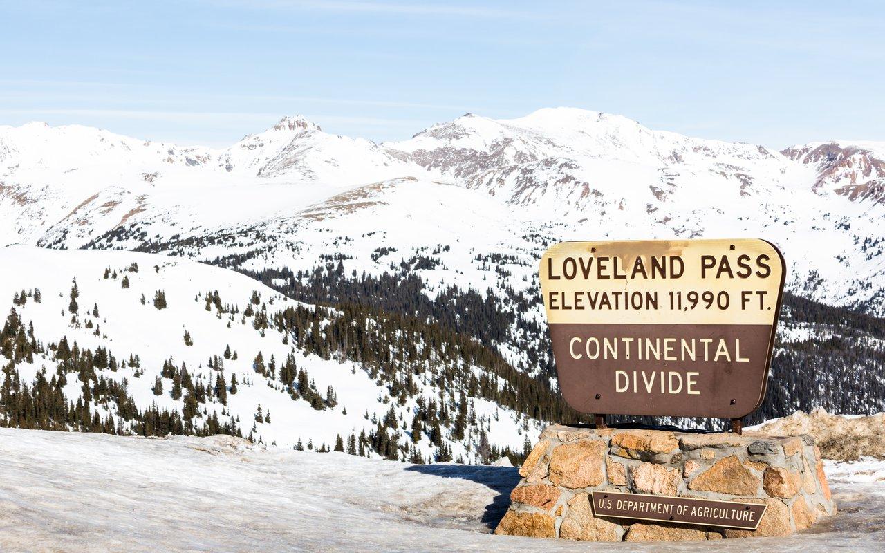 AWAYN IMAGE Ski Loveland Pass