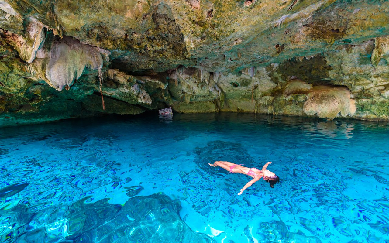 AWAYN IMAGE Dip in the cold water of Cenote Dos Ojos