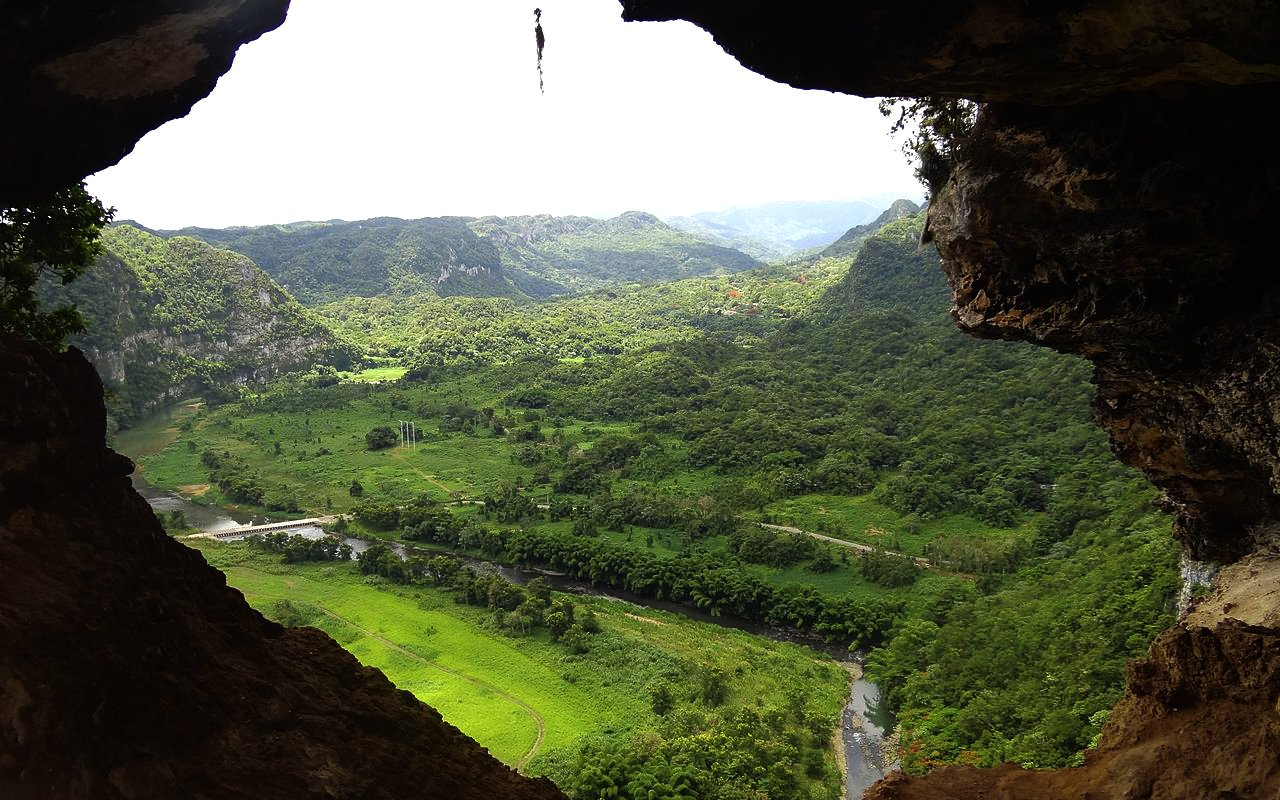 AWAYN IMAGE Cueva Ventana - Window Cave in Puerto Rico