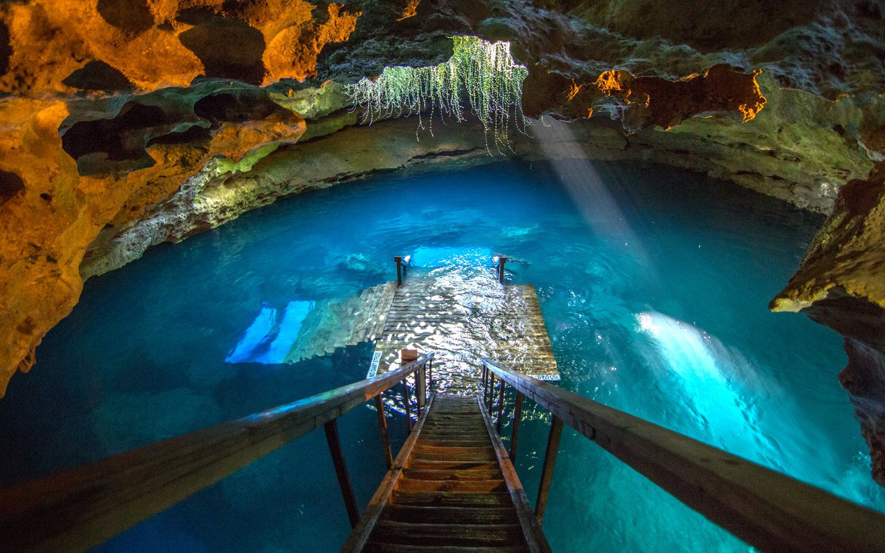 AWAYN IMAGE Plunge into Cool Waters of Devils Den