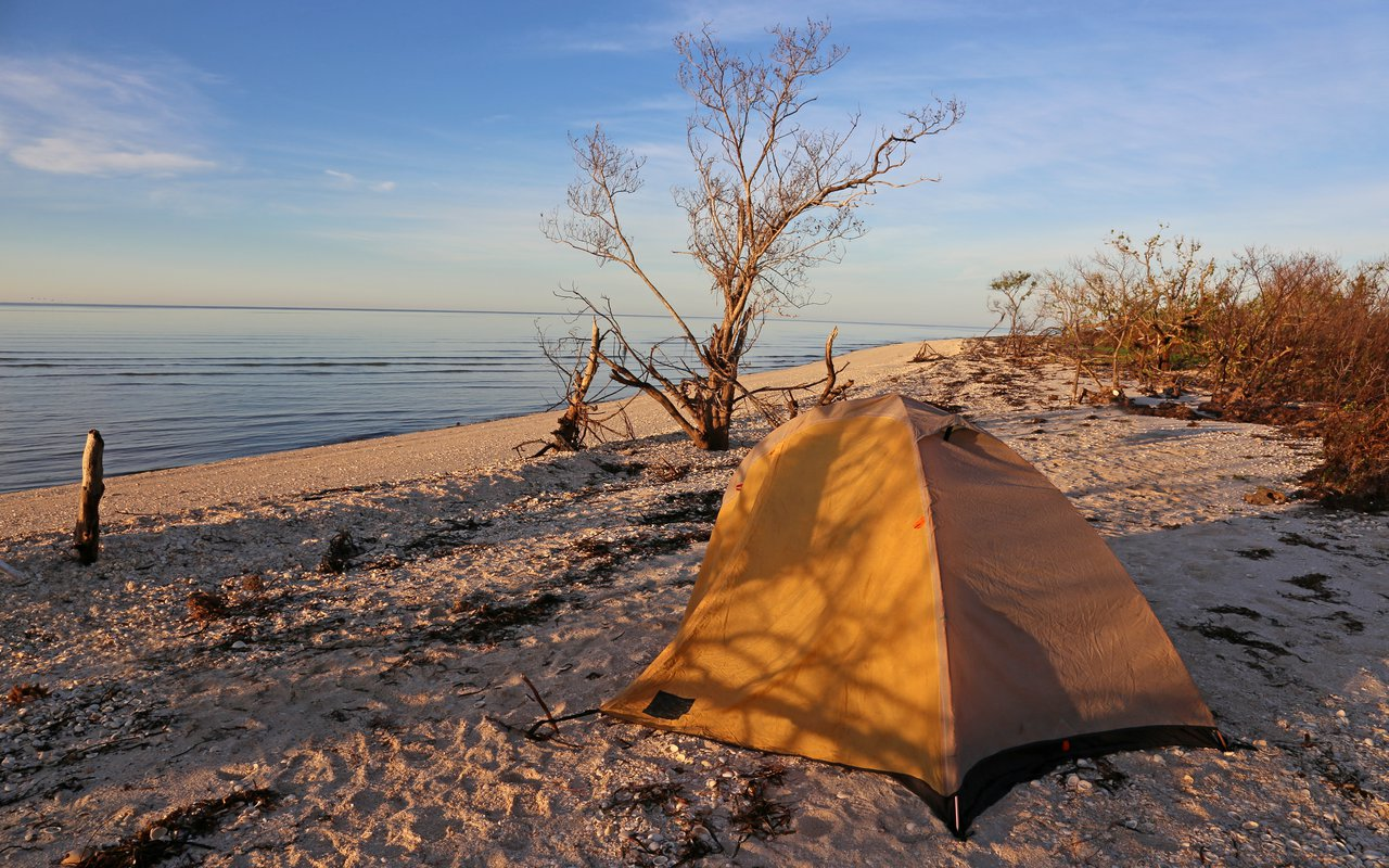 AWAYN IMAGE Wilderness camping in East Cape Florida