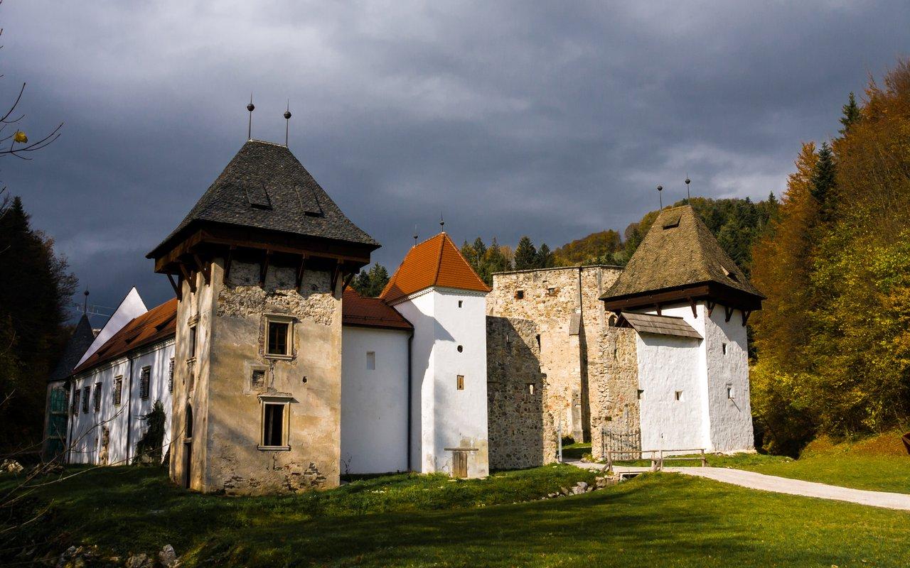 AWAYN IMAGE Zice Charterhouse – The Monastery with Splendor Beauty
