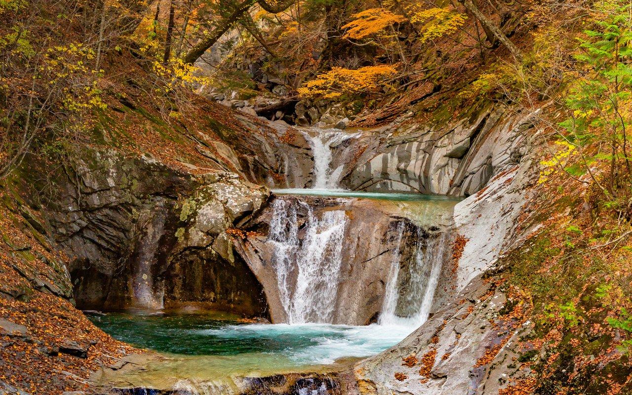 AWAYN IMAGE Nishizawa 西沢渓谷 Valley Canyon