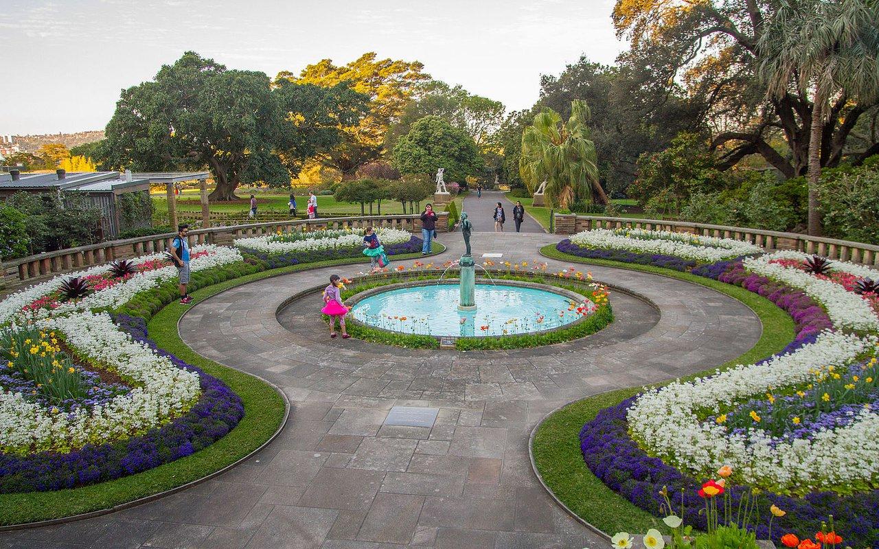 AWAYN IMAGE Royal Botanic Garden Sydney