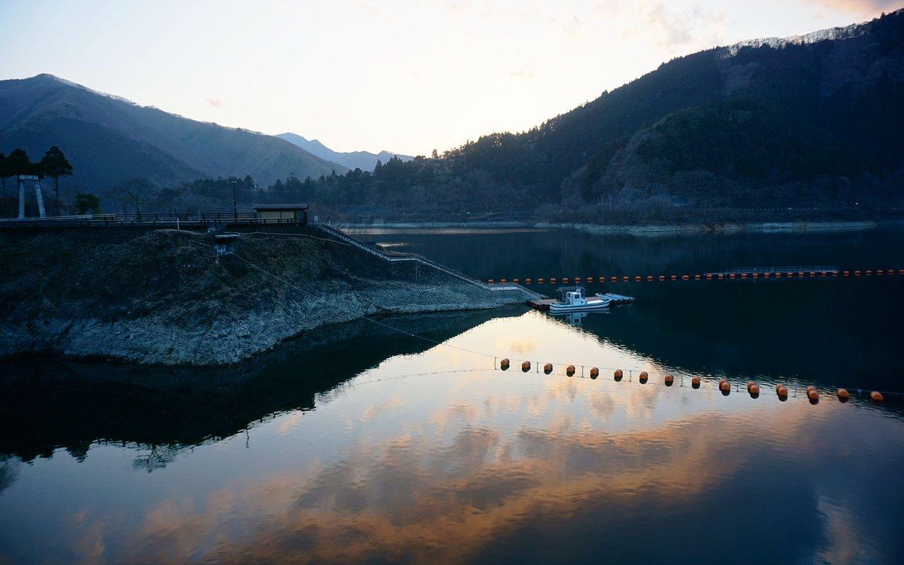 AWAYN IMAGE Lake Okutama