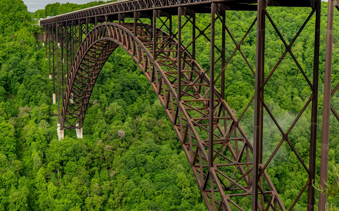 AWAYN IMAGE New River Gorge Bridge