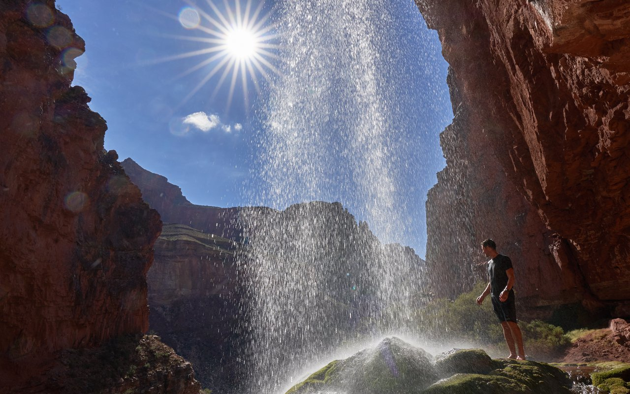 AWAYN IMAGE Hike to Ribbon Falls ( Grand Canyon )