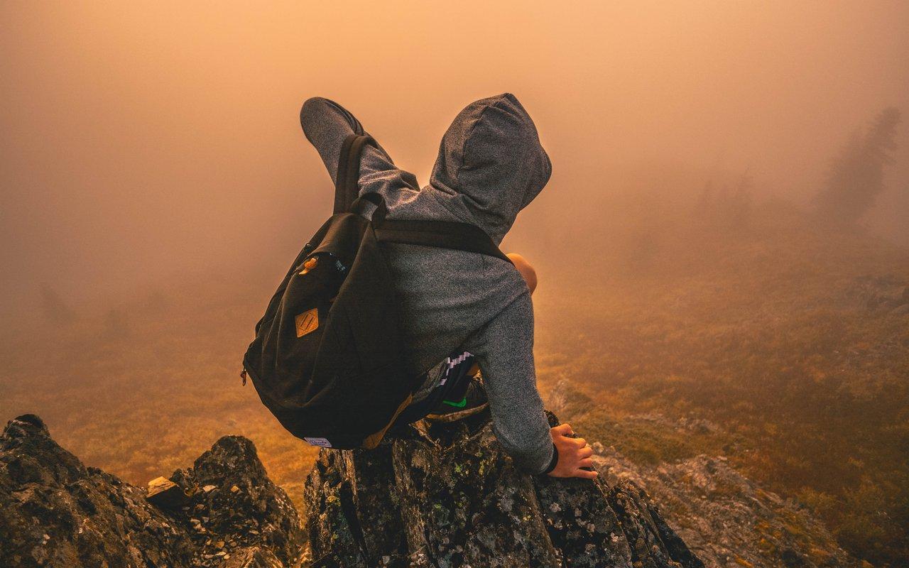 AWAYN IMAGE Hike up to Silver Star Mountain