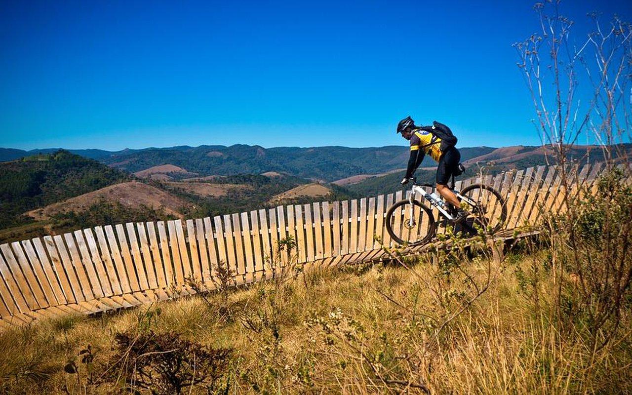 AWAYN IMAGE Mountain biking in Winter Park