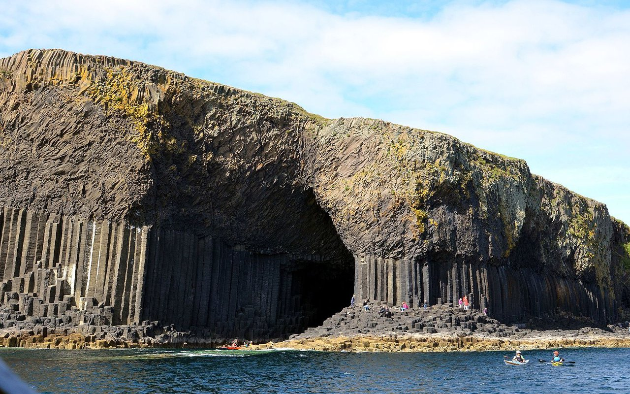 AWAYN IMAGE Fingal's Cave