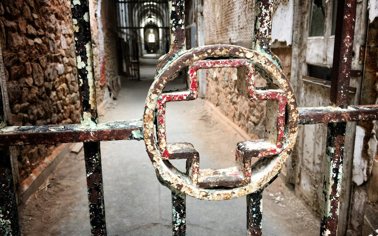 AWAYN IMAGE Visit Creepiest Place in Philadelphia Eastern State Penitentiary
