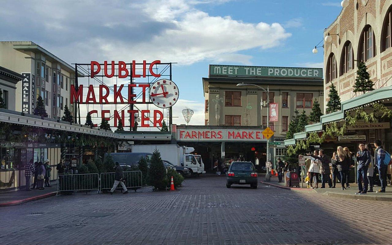 AWAYN IMAGE Pike Place Market Trail