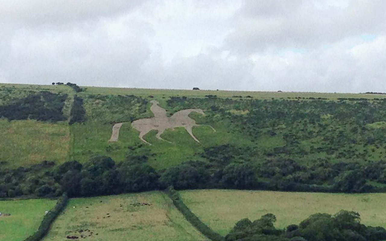 AWAYN IMAGE Spot Osmington White Horse