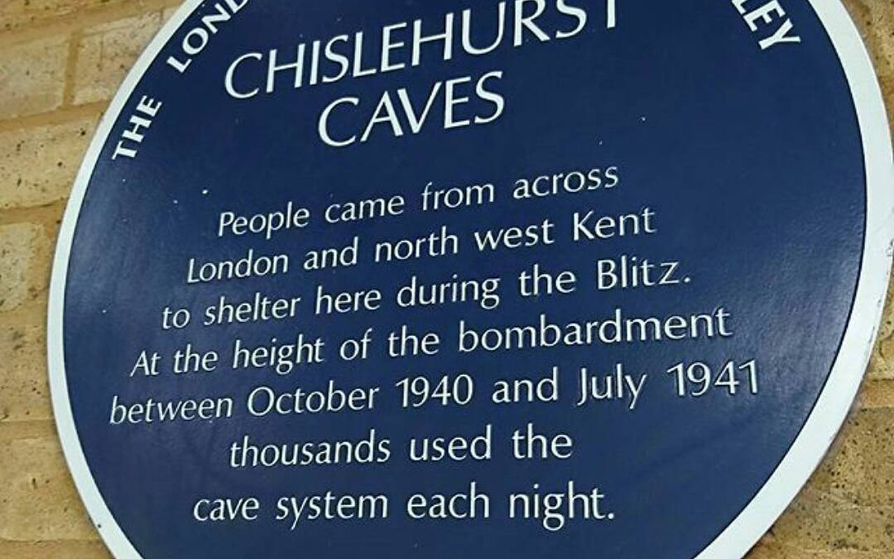 AWAYN IMAGE Caving in Chislehurst Caves