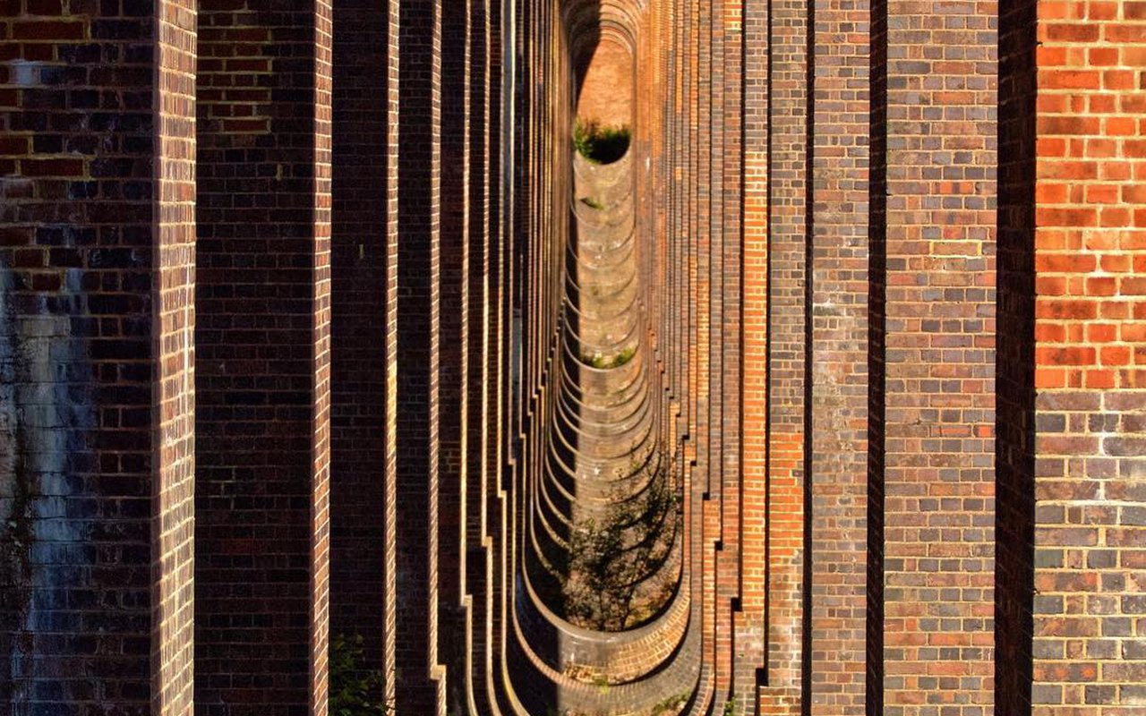 AWAYN IMAGE Photograph Ouse Valley Viaduct Bridge