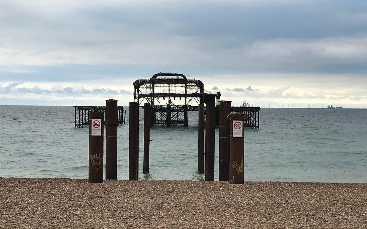 AWAYN IMAGE Catch a sunset Brighton West Pier