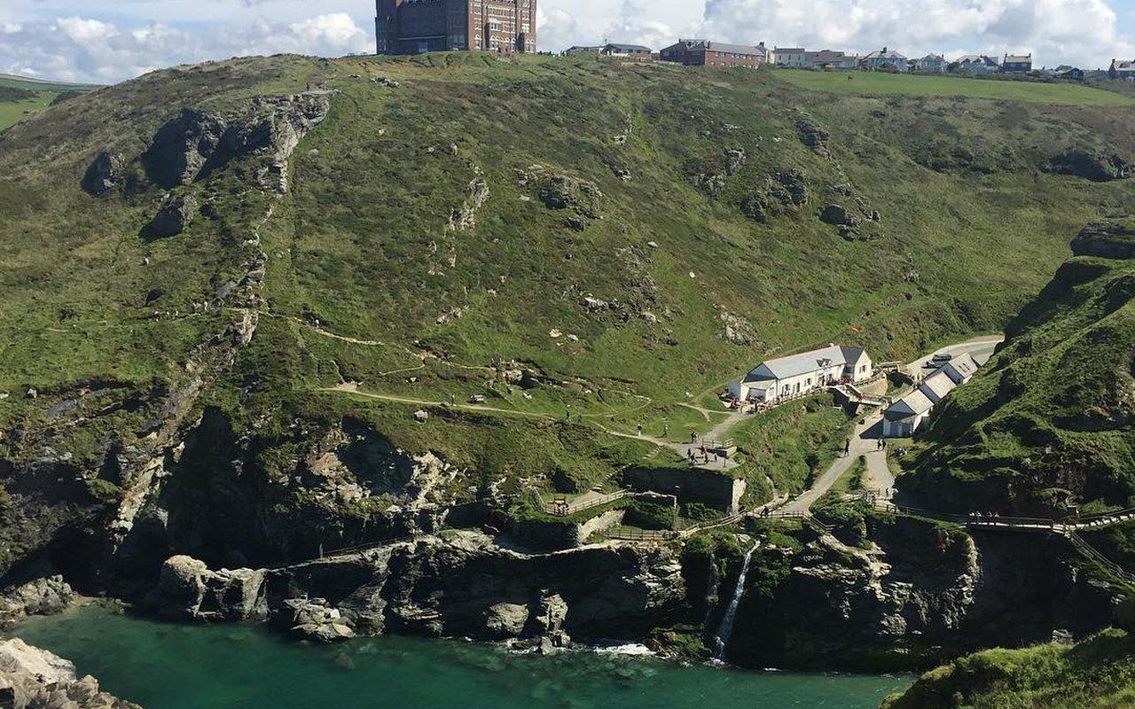 AWAYN IMAGE Hike to Tintagel Castle