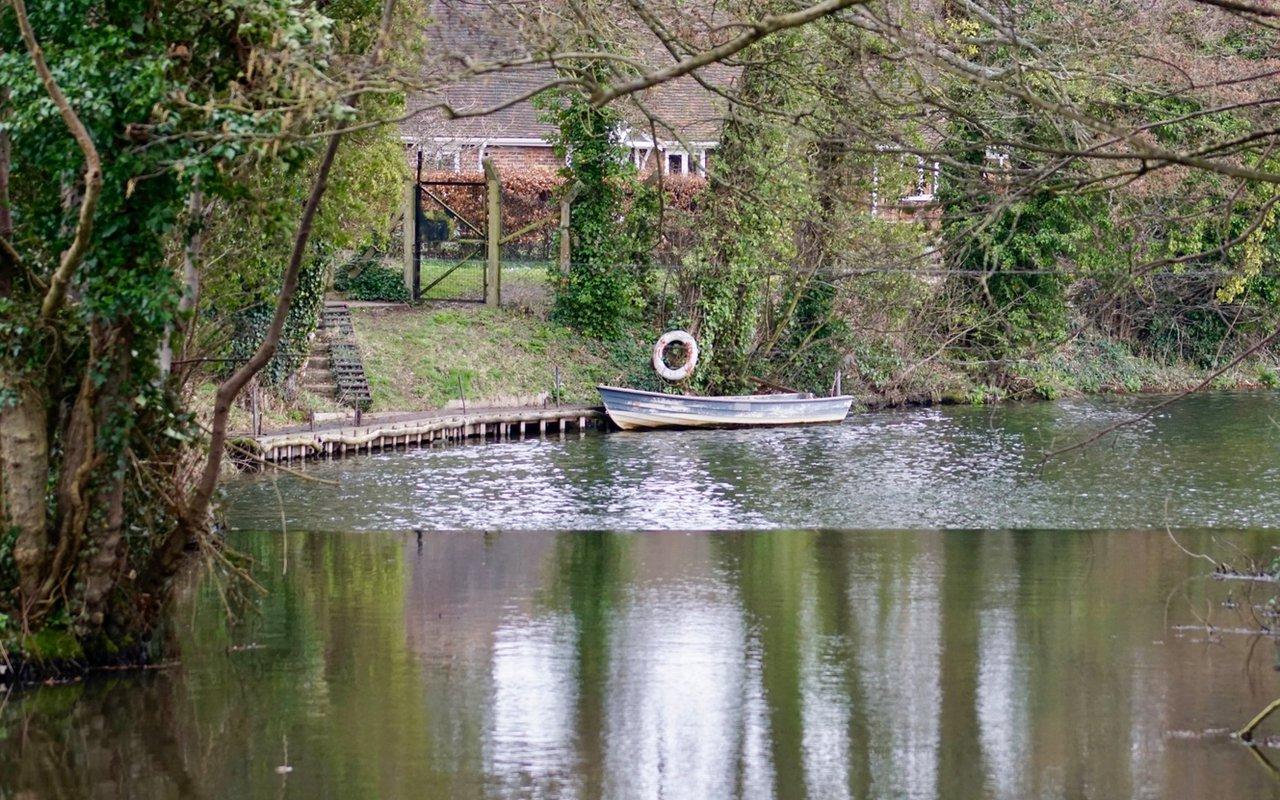 AWAYN IMAGE Lullingstone Loop
