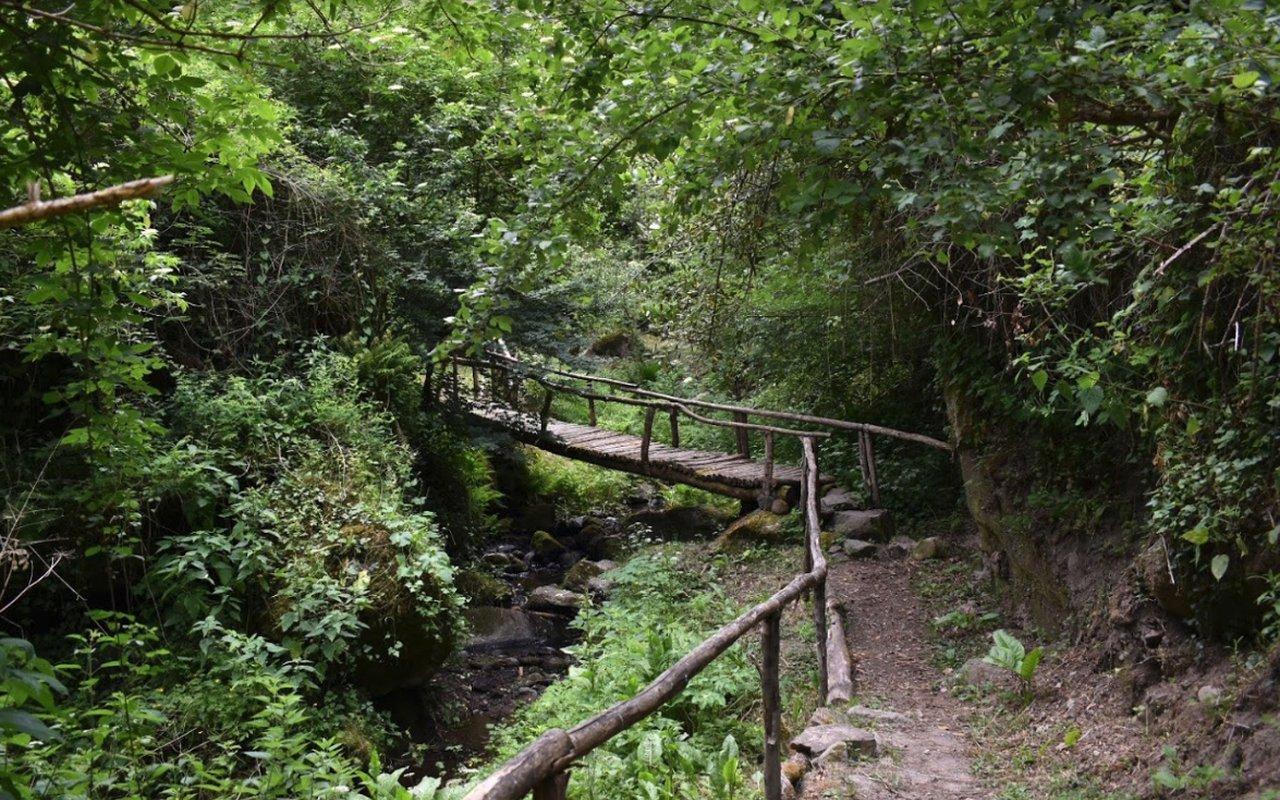 AWAYN IMAGE Waterfall of Conca della Campania Cascata di Conca della Campania