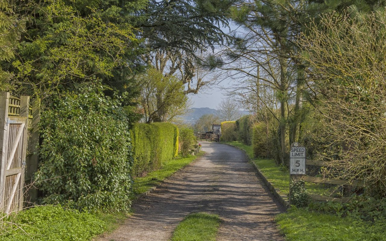 AWAYN IMAGE Princes Risborough Loop Trail