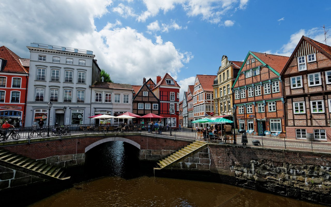 AWAYN IMAGE Walking tour-Hanseatic city lübeck