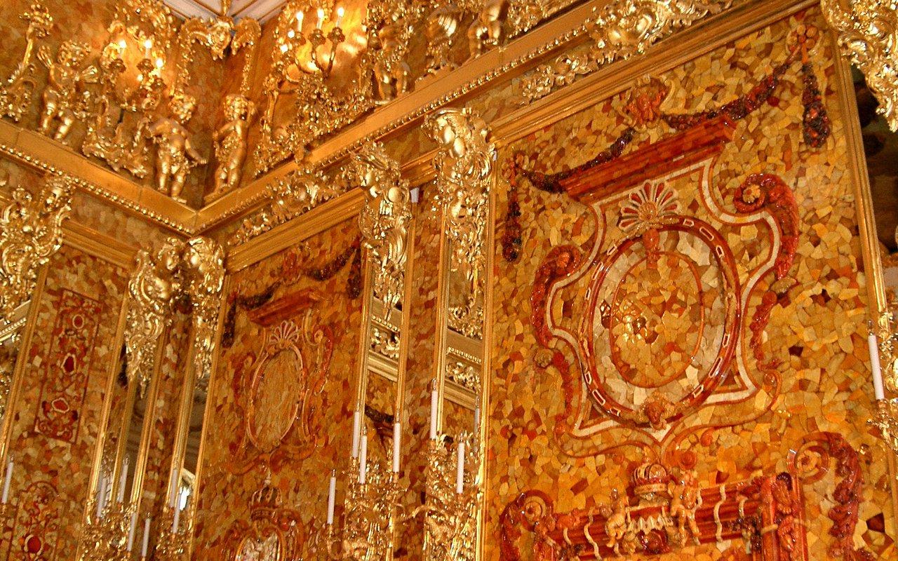 AWAYN IMAGE Photograph the Amber Room