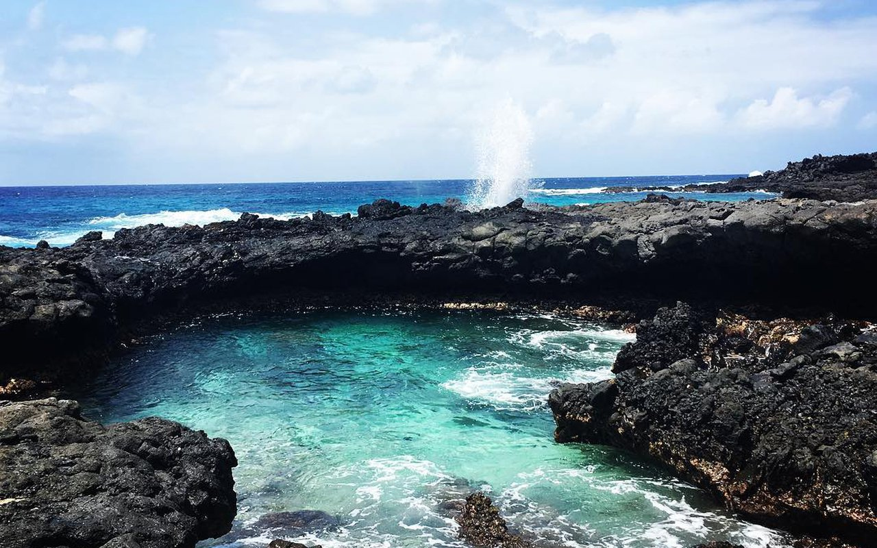 AWAYN IMAGE Hannays Beach Ascension Island