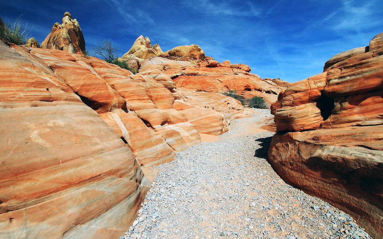 AWAYN IMAGE Explore the Valley of Fire