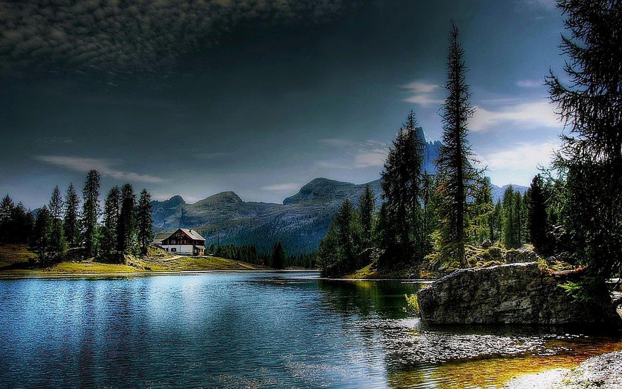 AWAYN IMAGE Lago di Federa Hike
