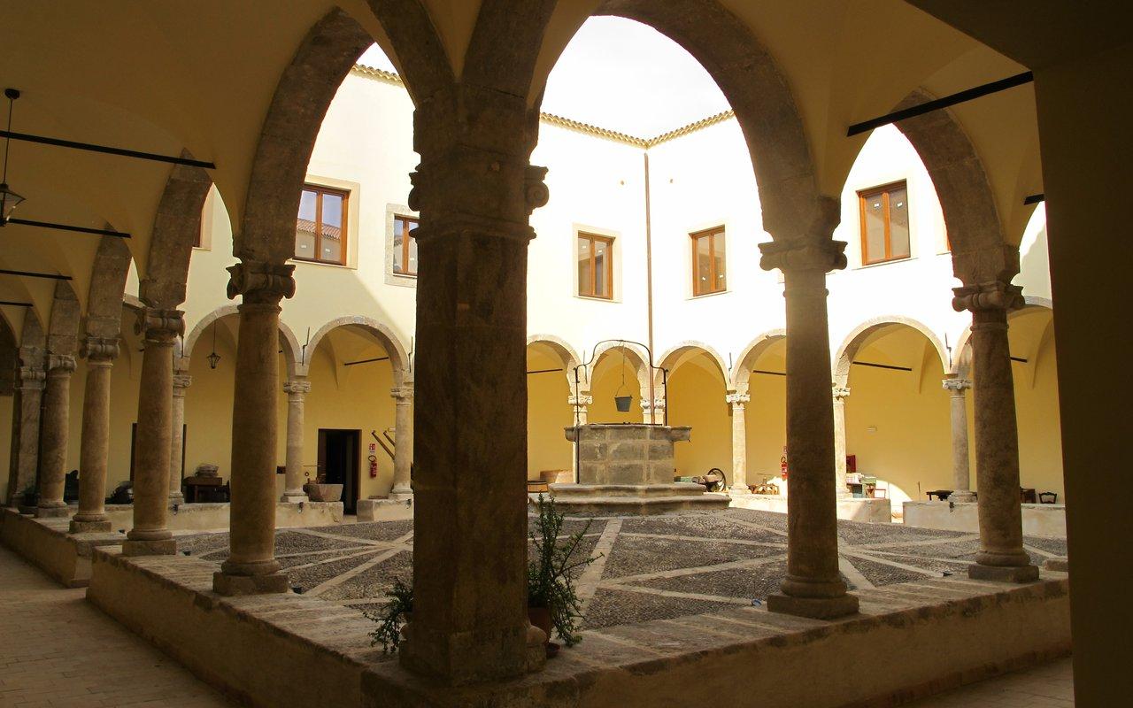 AWAYN IMAGE Crypt of San Francesco
