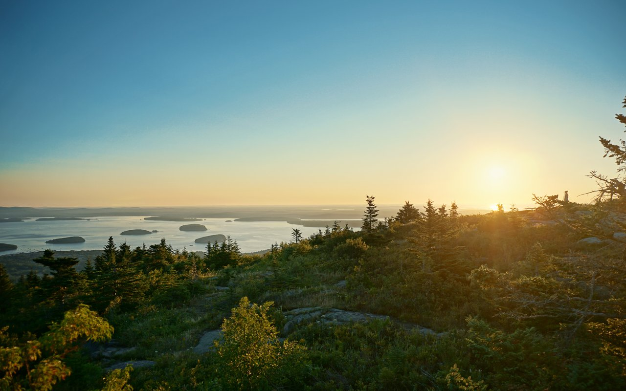 AWAYN IMAGE Hike to Cadillac Mountain