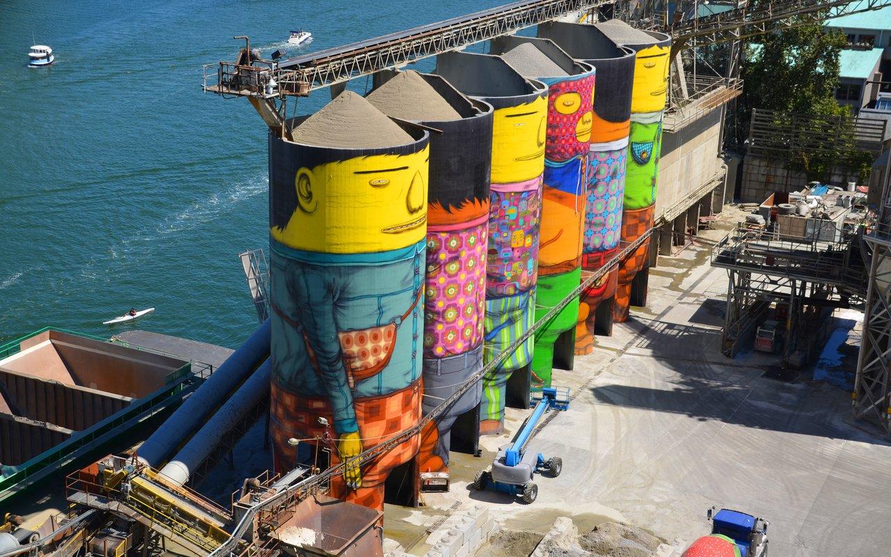 AWAYN IMAGE Take a selfie with Ocean Concrete silos