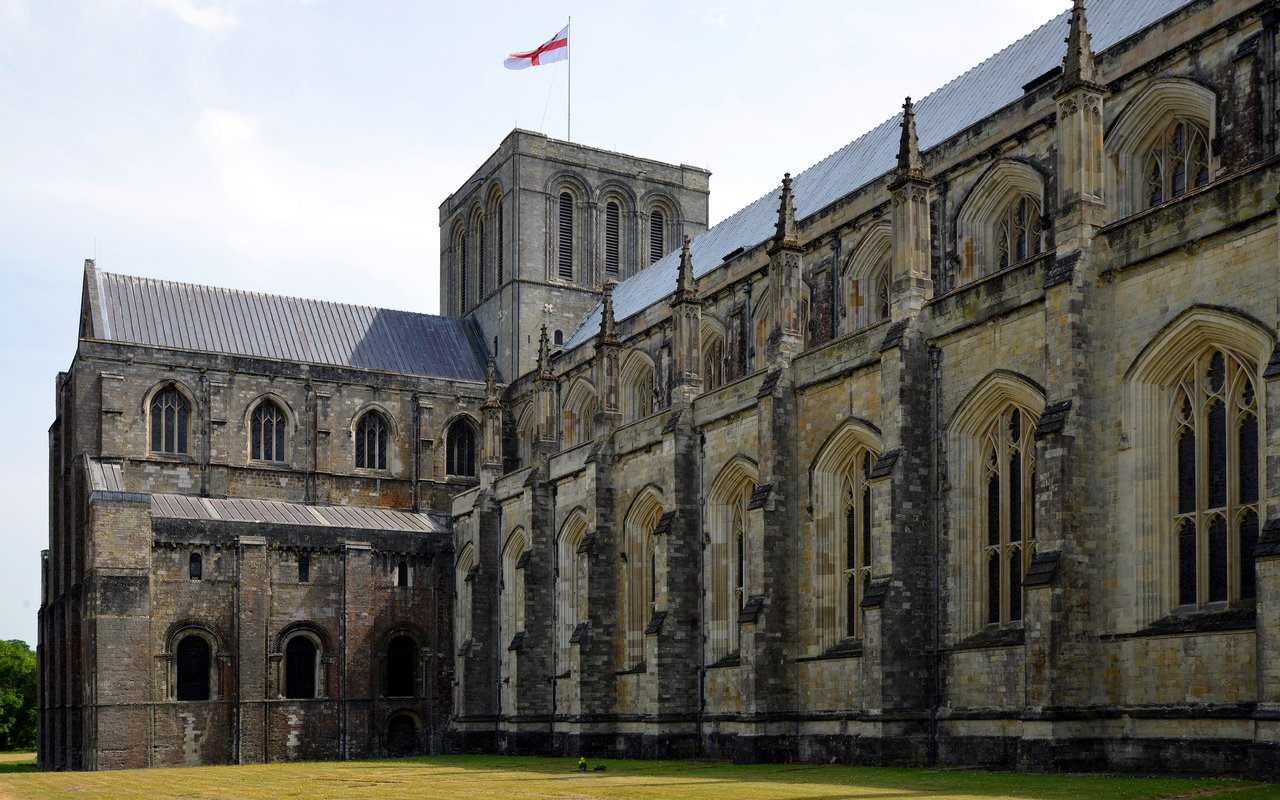 AWAYN IMAGE Visited the Winchester Cathedral, Hampshire