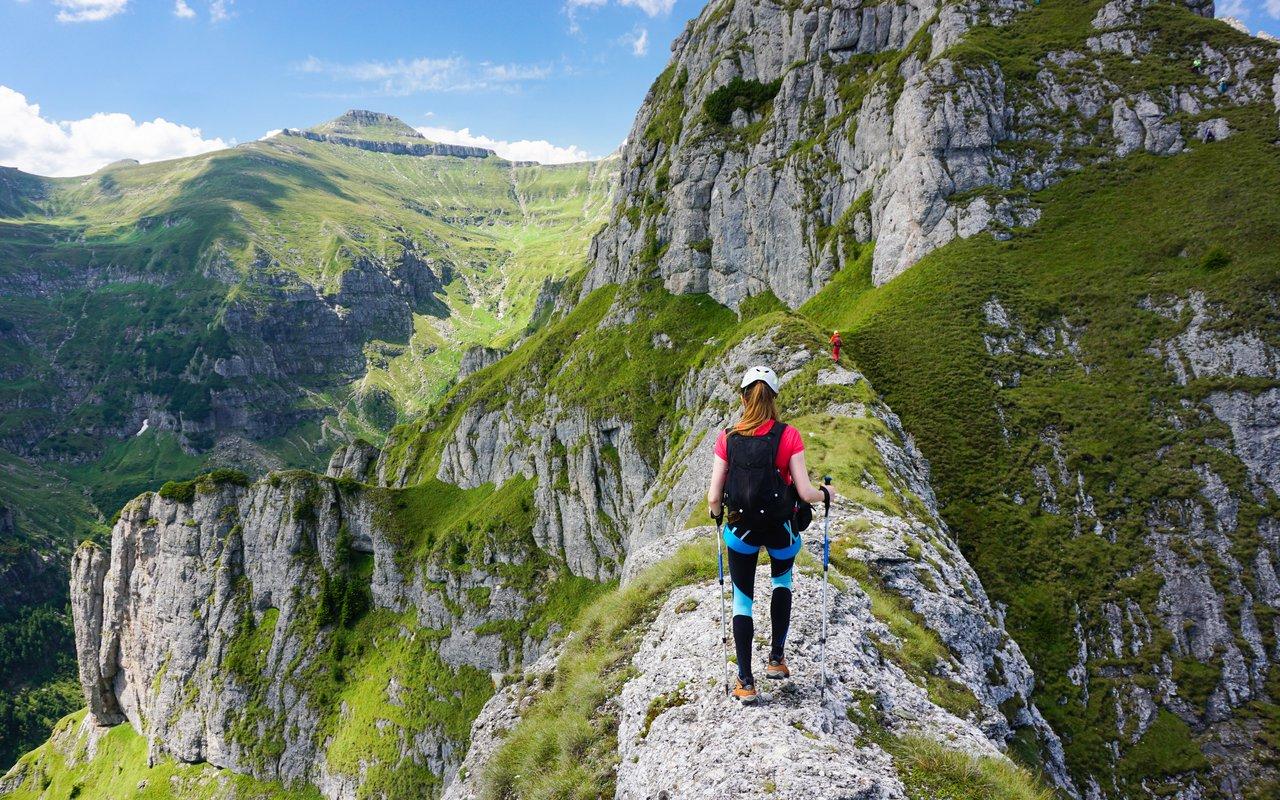 AWAYN IMAGE Climb to Bucegi Mountains Mountain range in Valaquia