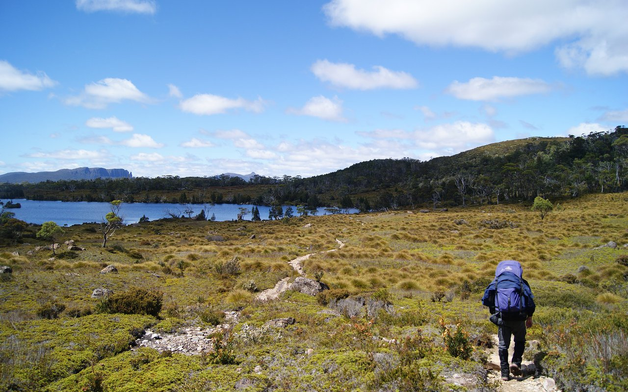 AWAYN IMAGE Hiking the Overland Track