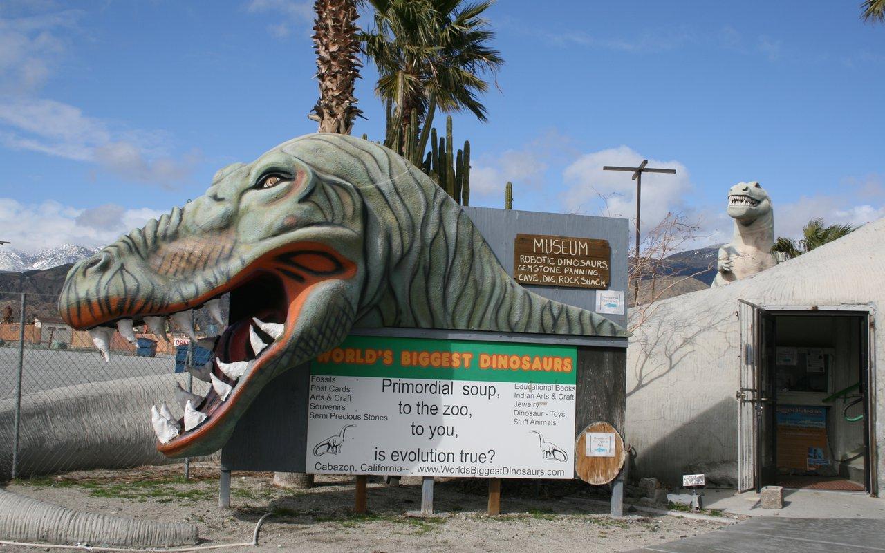 AWAYN IMAGE Visit Dinosaurs at Cabazon Dinosaurs