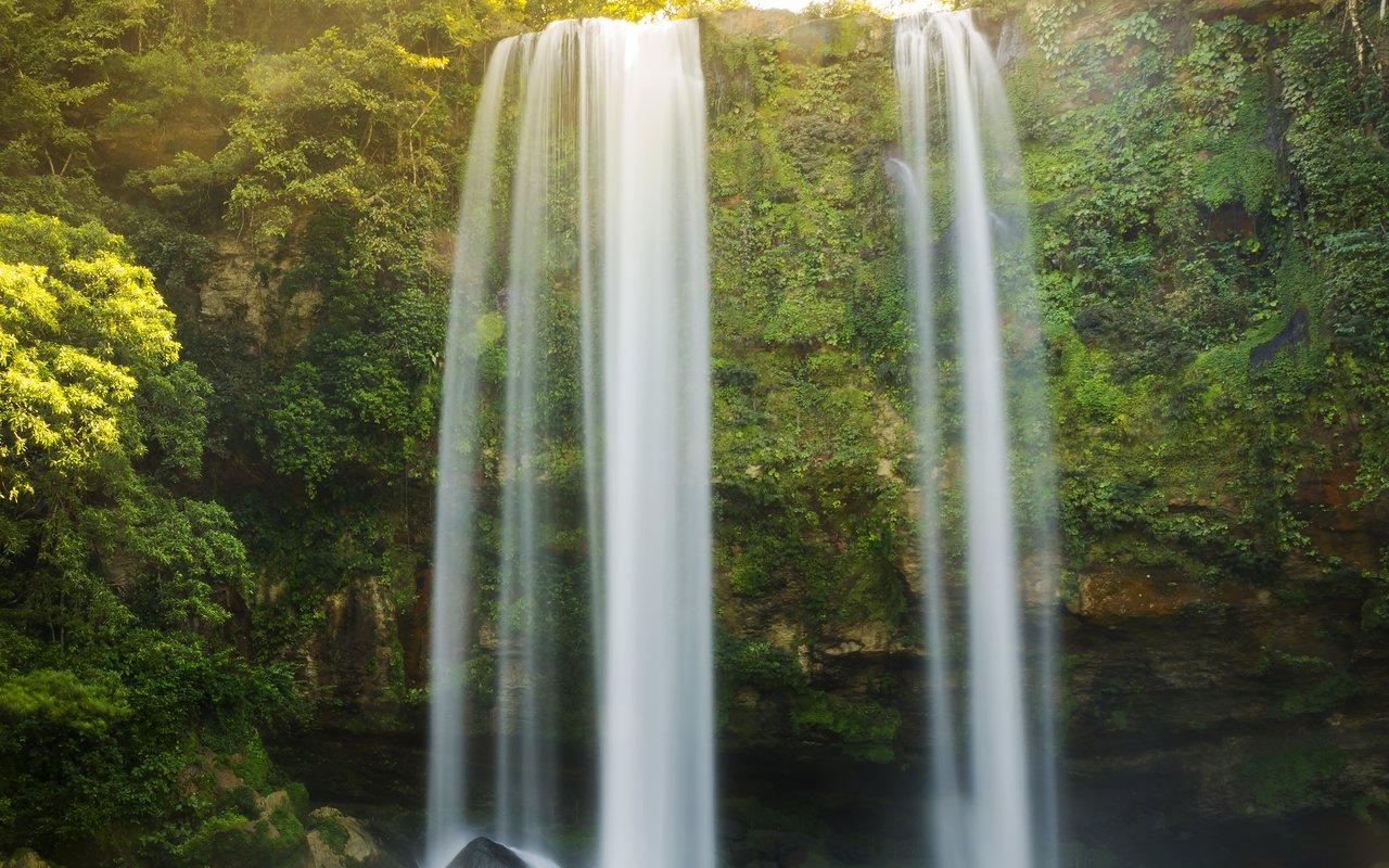 AWAYN IMAGE Misol Há Waterfall