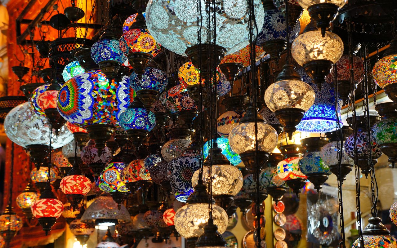 AWAYN IMAGE Find more than what you expect at Grand Bazaar in Istanbul