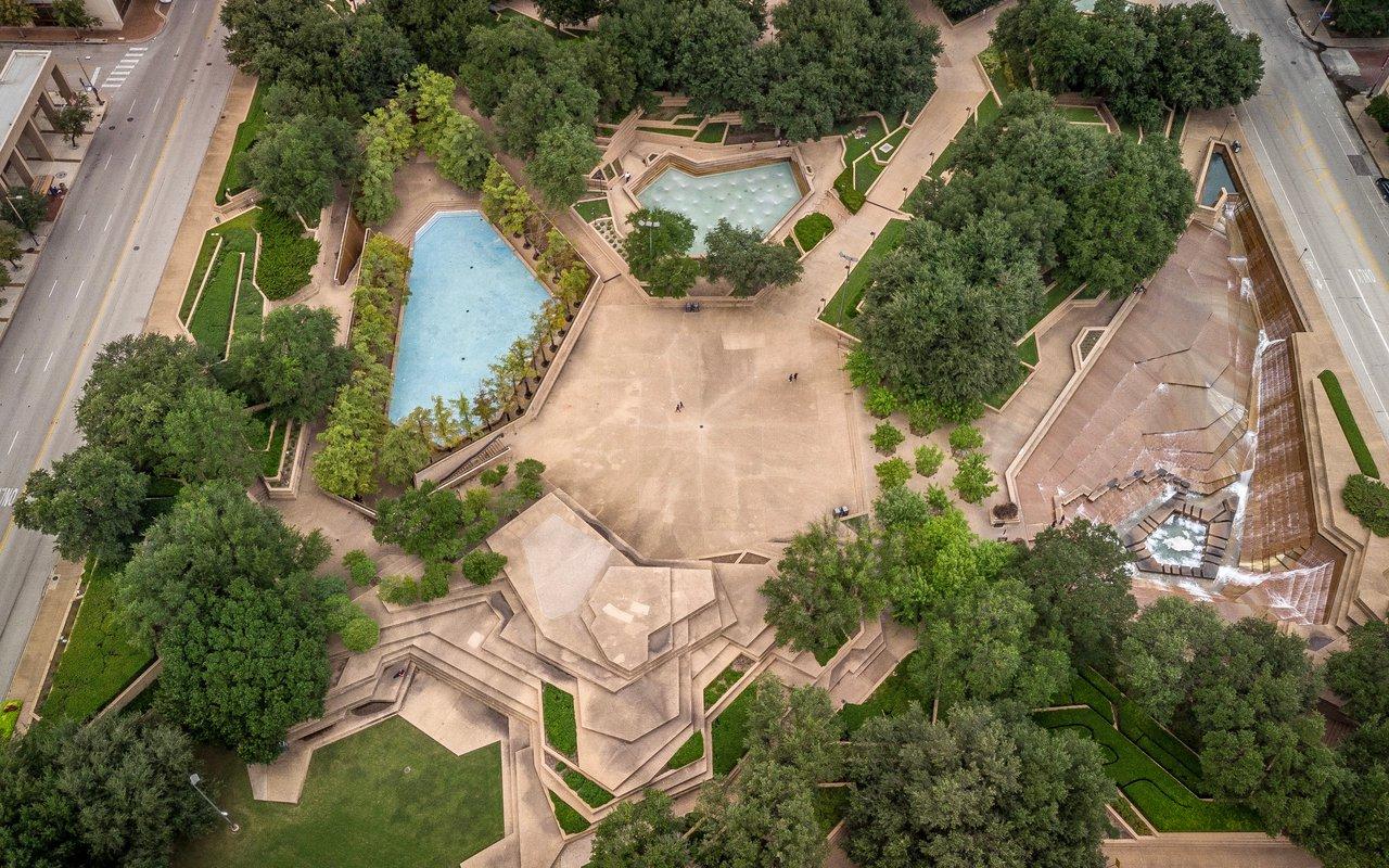 AWAYN IMAGE Fort Worth Water Gardens