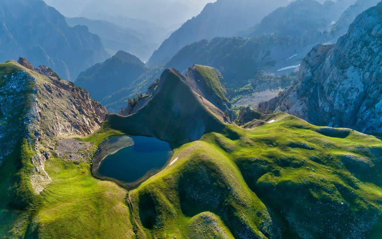AWAYN IMAGE Go on a dragon quest in Drakolimni, Greece