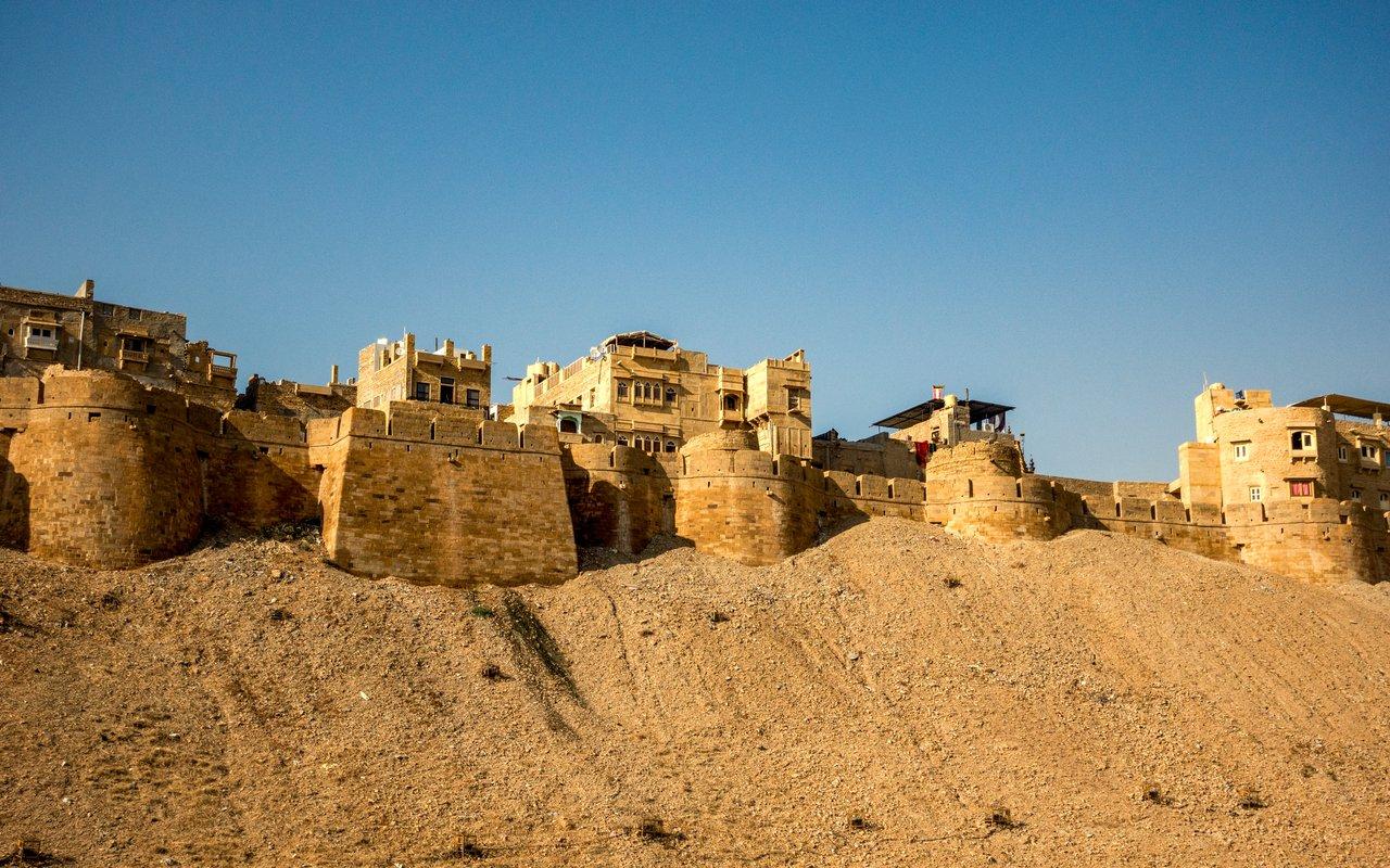 AWAYN IMAGE Visit Jaisalmer Fort in Rajasthan