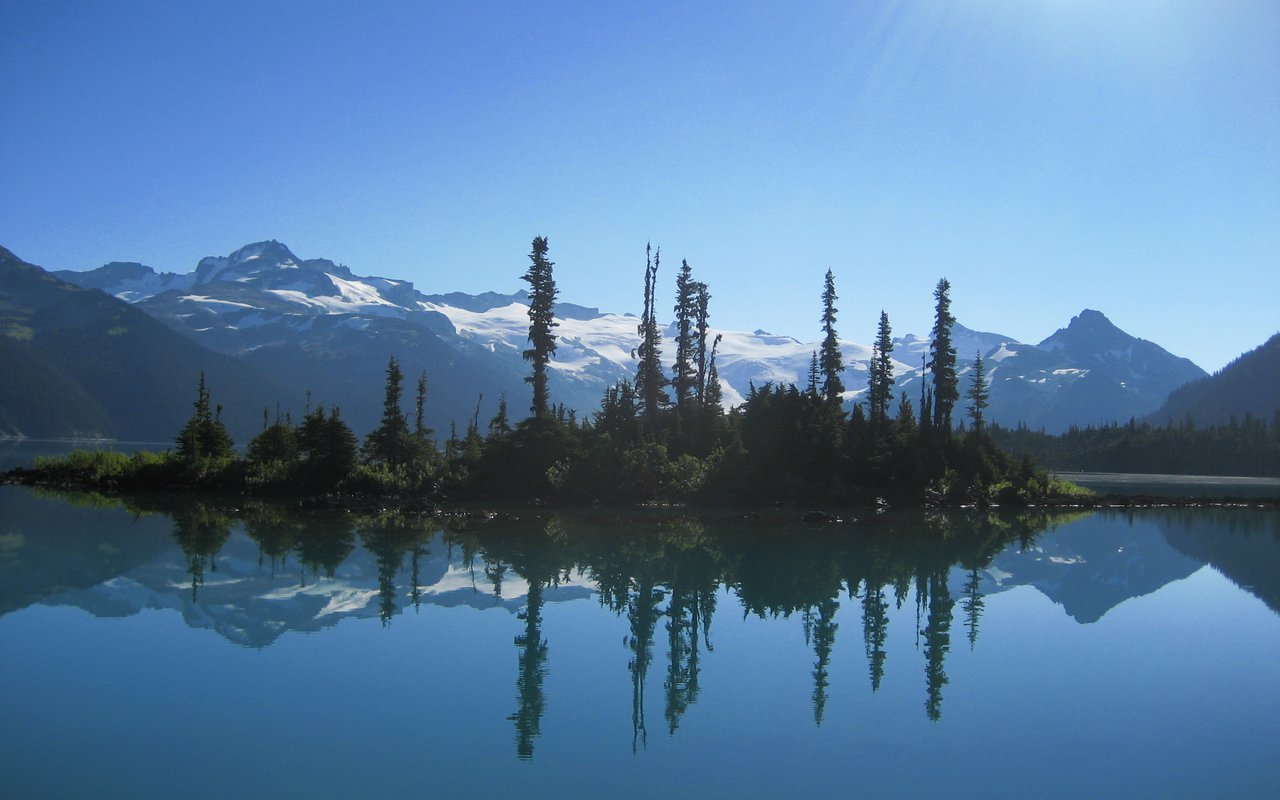AWAYN IMAGE Garibaldi Provincial Park
