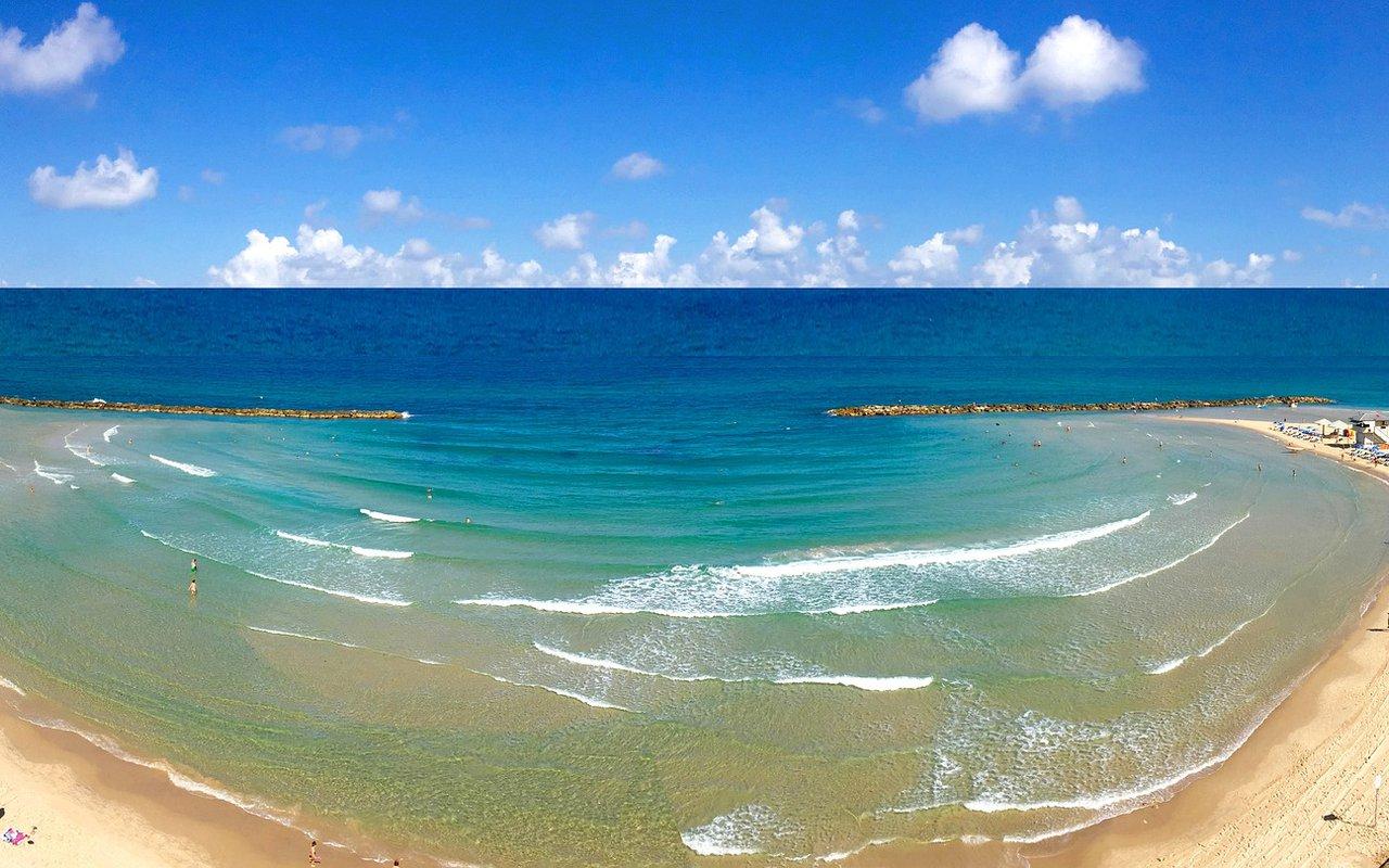 AWAYN IMAGE Poleg Beach in Netanya, Israel