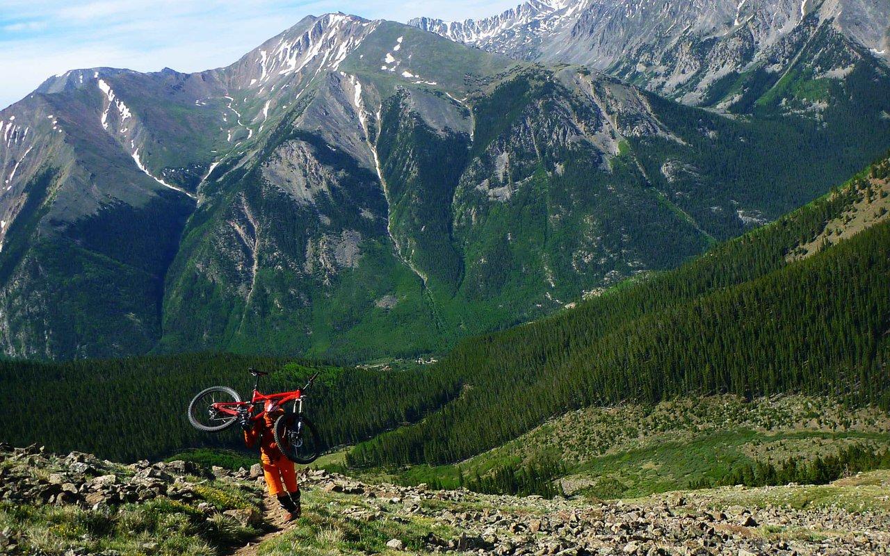 AWAYN IMAGE Mt.elbert Hike
