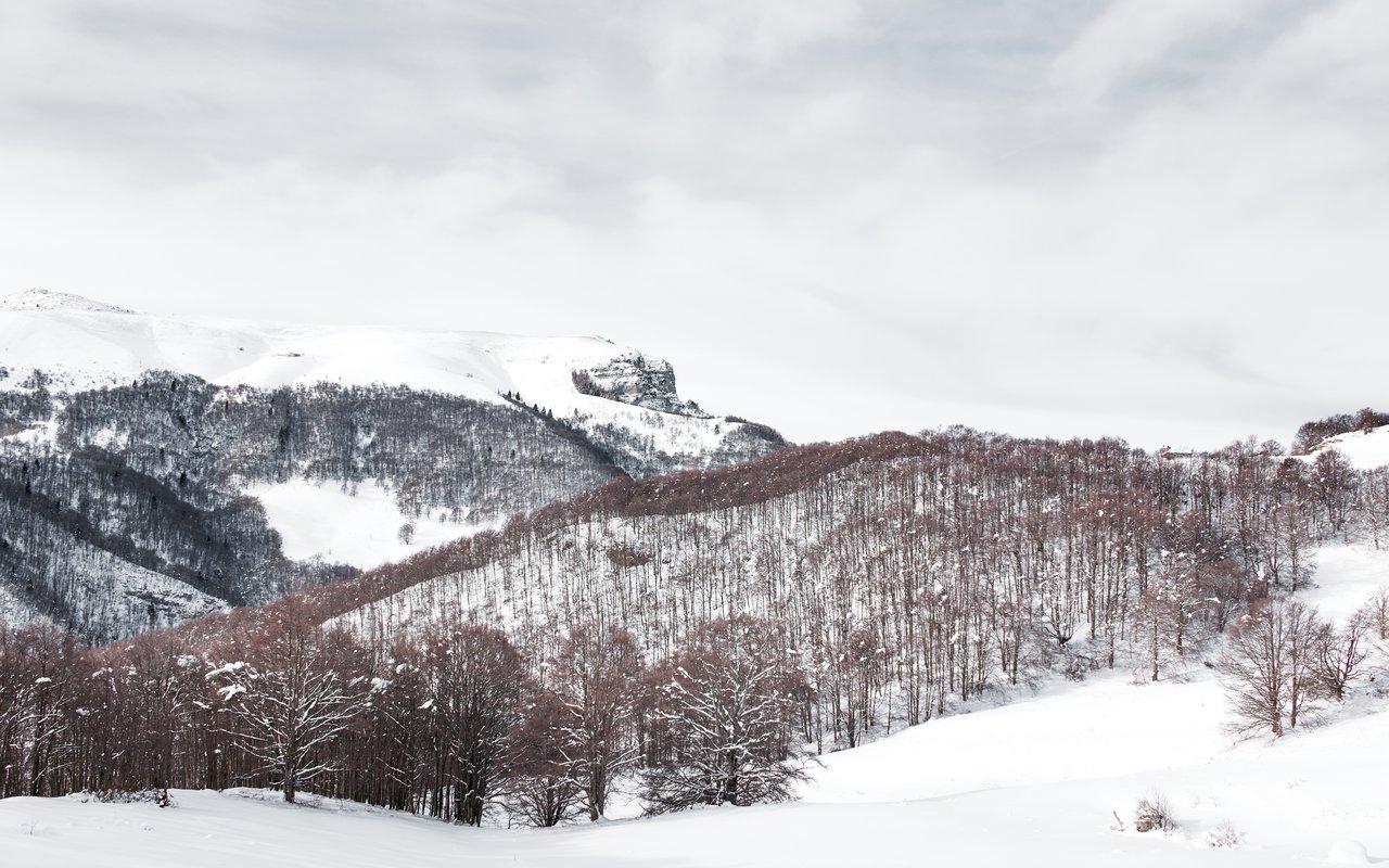 AWAYN IMAGE Italy's fresh-water lake