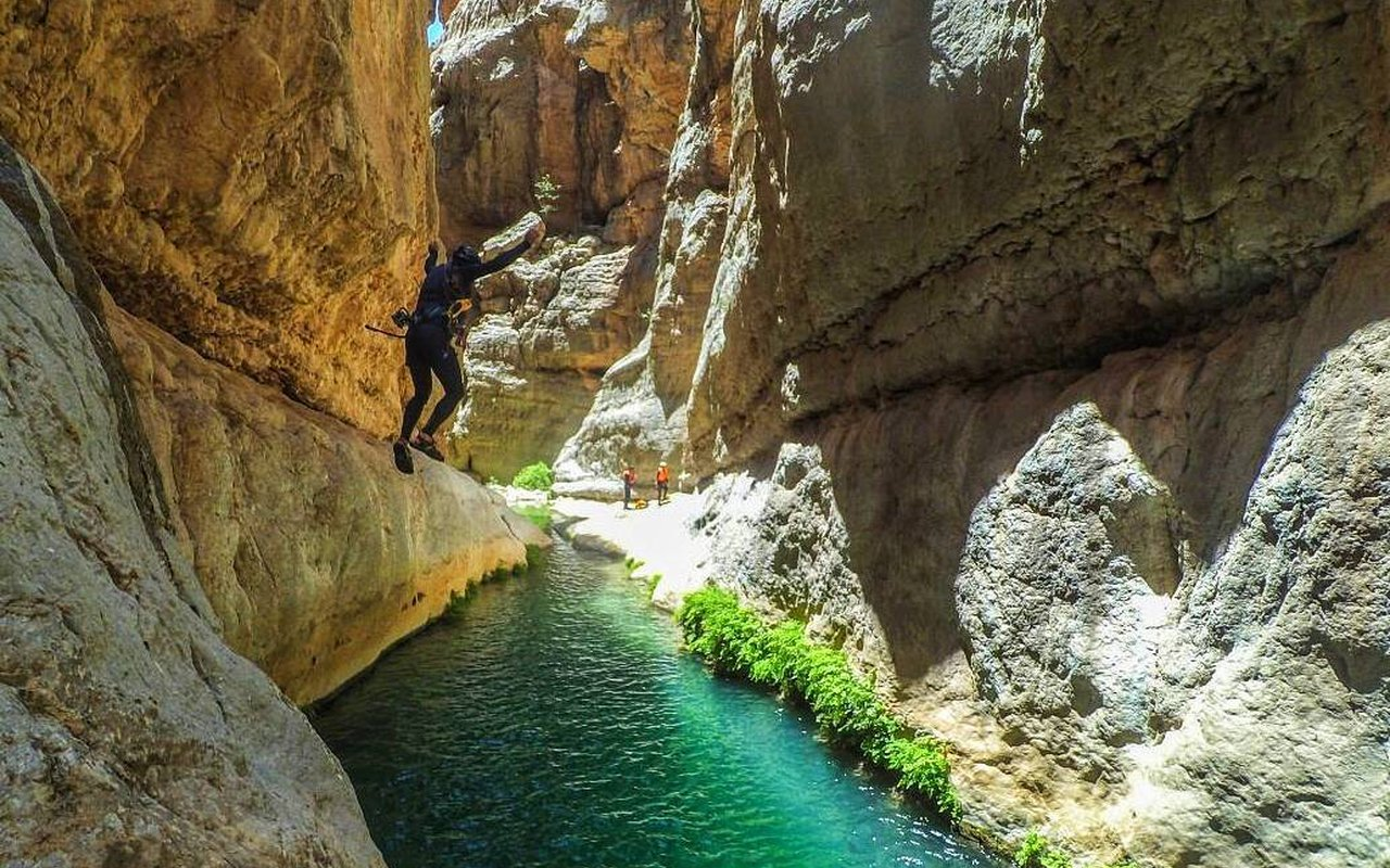 AWAYN IMAGE Raghez Canyon In Fars