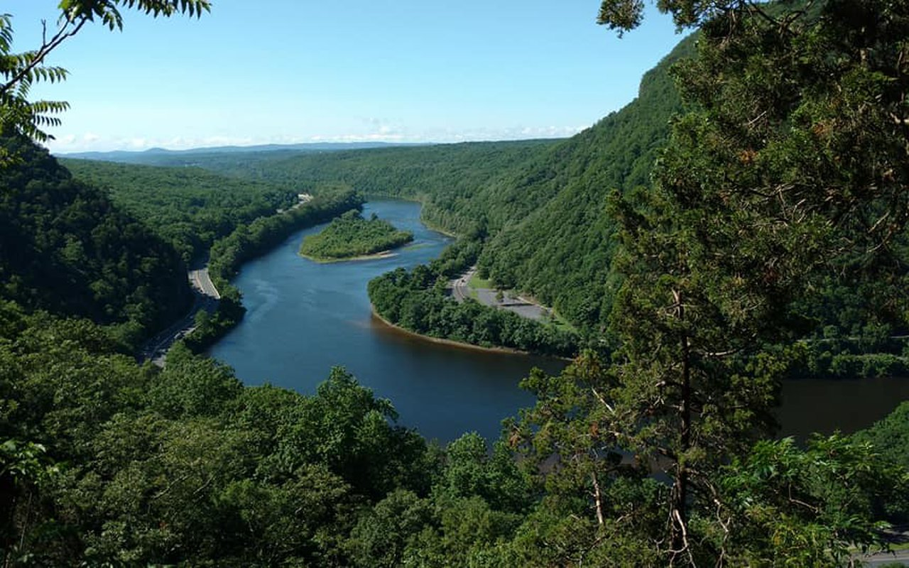 AWAYN IMAGE Delaware Water Gap National Recreation Area