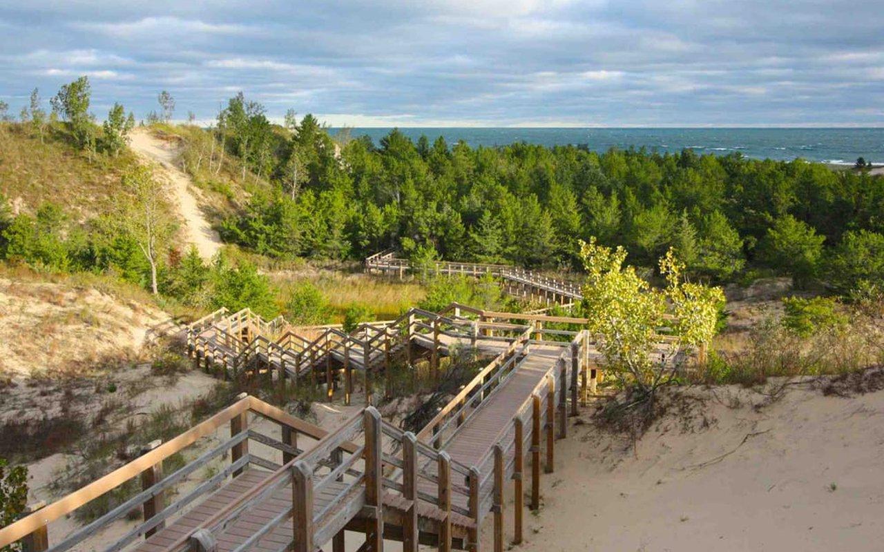 AWAYN IMAGE Three Dunes Challenge Loop Trails