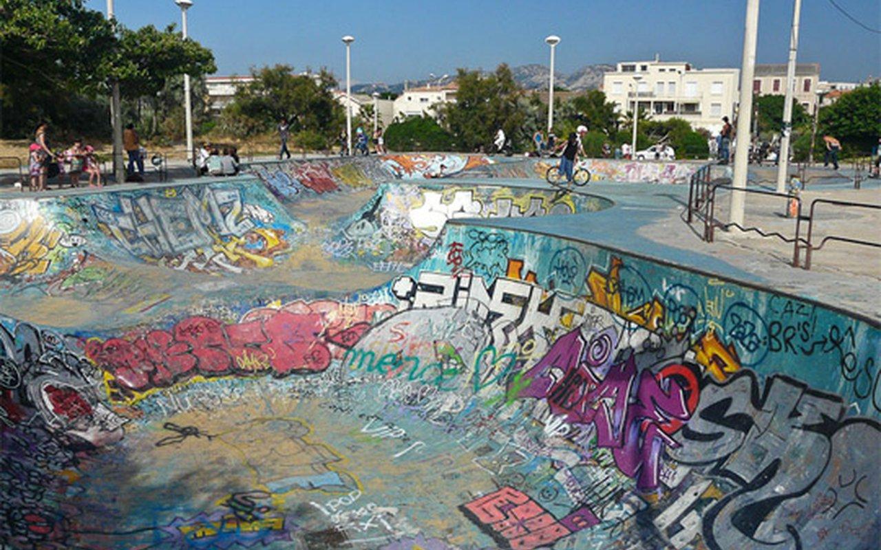 AWAYN IMAGE Bowl of Marseille - Prado