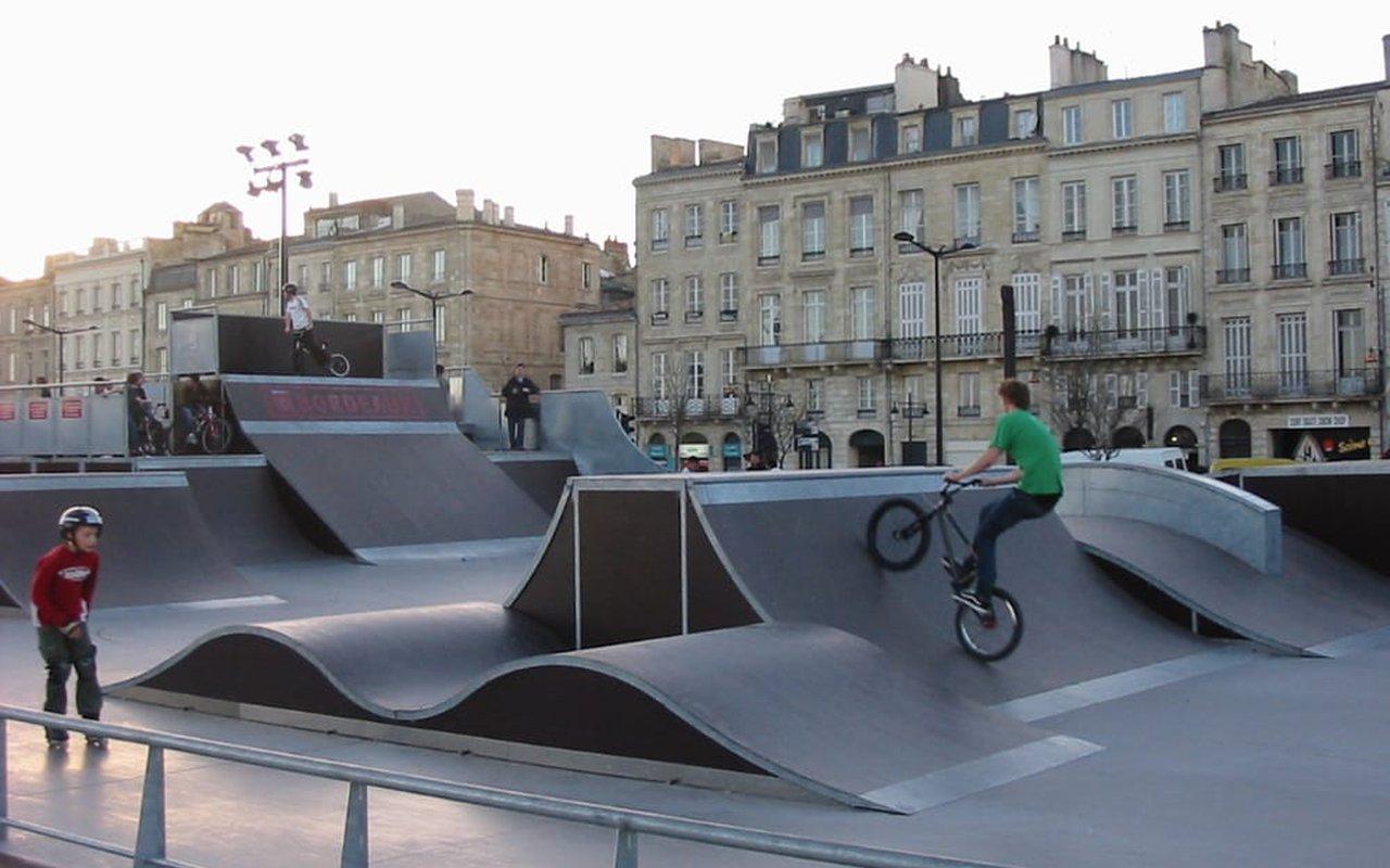 AWAYN IMAGE Skate Park Colbert